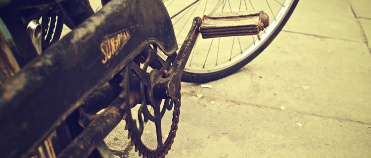 broken-rust-bike-bicycle